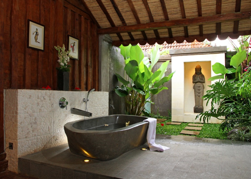 outdoor-bathtub-zen